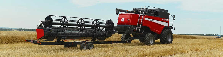 Header trailer on laverda combine harvester